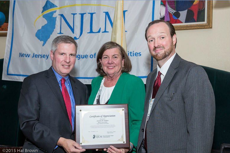 Mayor Brian Wahler presents award to Mayor Suzanne Walters with NJLM's Michael Darcy